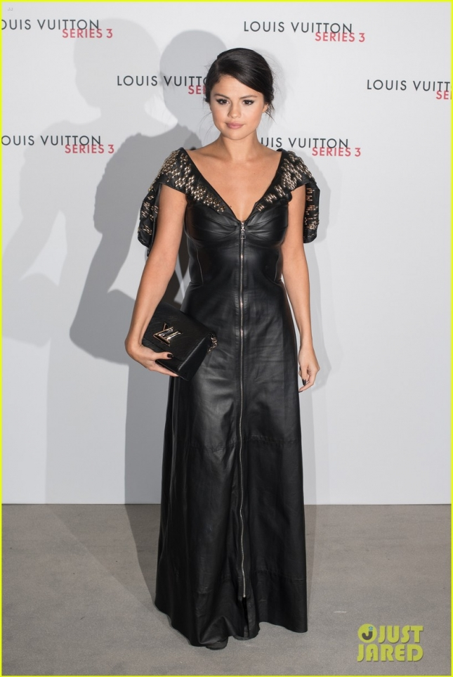 Селена Гомез на Louis Vuitton Series 3 Gala Opening