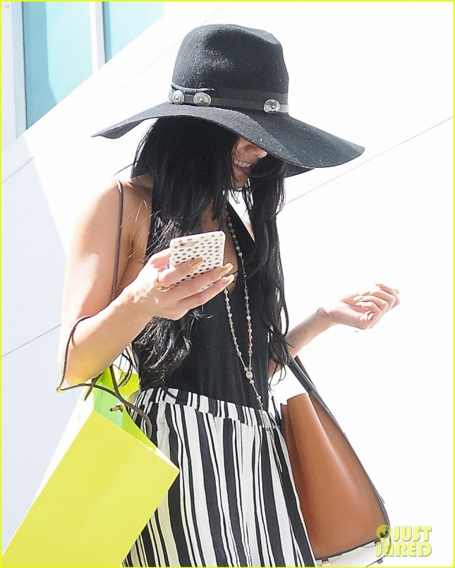 Shy Vanessa Hudgens Shops In Beverly Hills