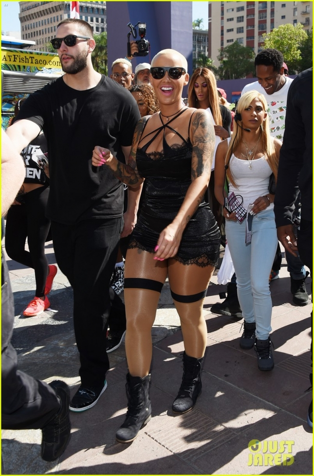amber-rose-slutwalk-los-angeles-01