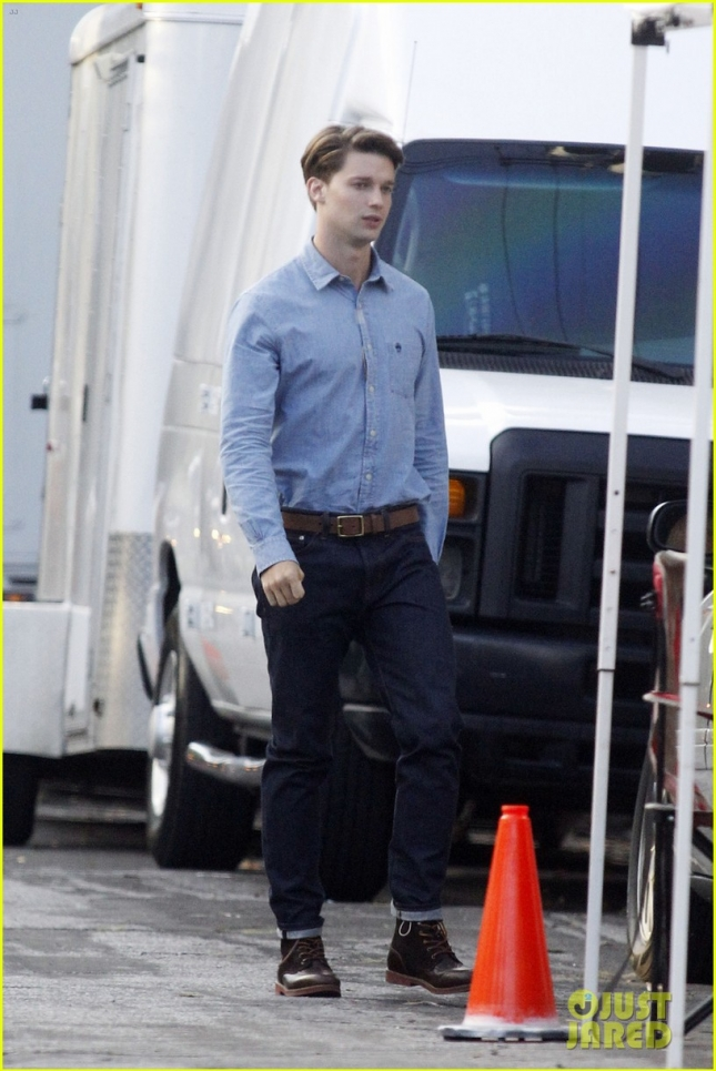 EXCLUSIVE: FIRST ON SET PHOTOS - Patrick Schwarzenegger joins Lea Michele and Emma Roberts on the set of Scream Queens in New Orleans