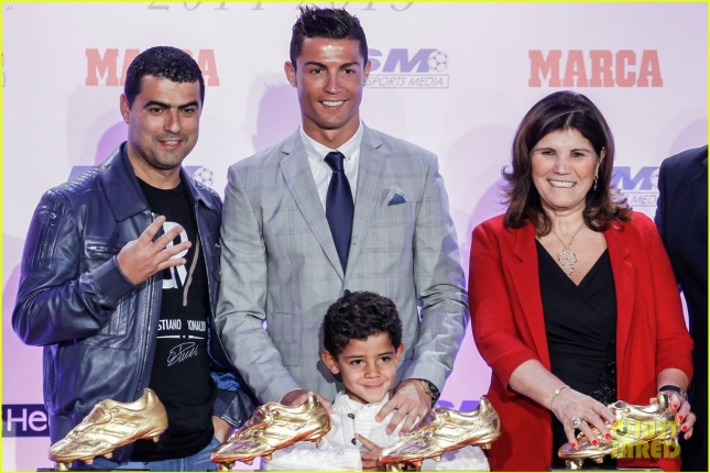 cristiano-ronaldo-fourth-golden-boot-award-05