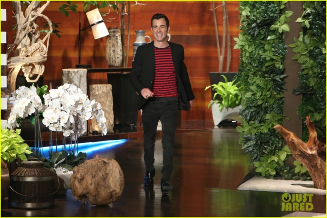 ellen-degeneres-gifts-justin-theroux-a-second-jennifer-aniston-02