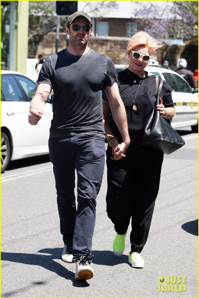 *EXCLUSIVE* Hugh Jackman and Deborra-Lee Furness shops at The Intersection **USA ONLY**