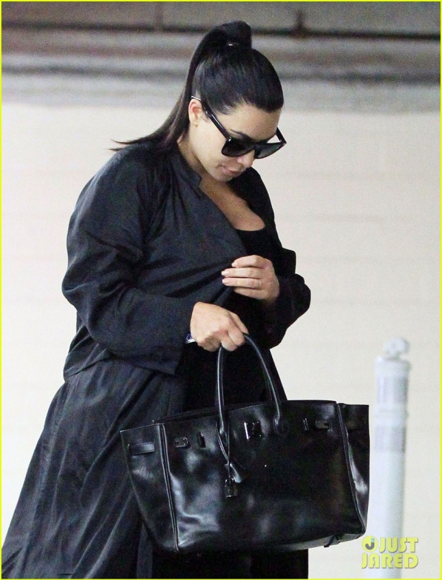 Pregnant Kim Kardashian Out And About In Santa Monica