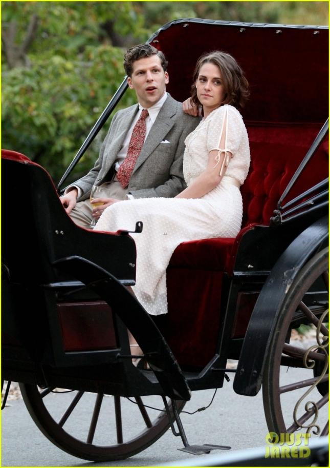 Kristen Stewart & Jesse Eisenberg Filming In NYC