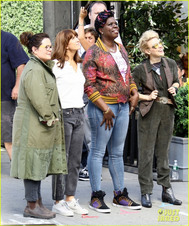 "Stars On The Set Of The New ""Ghostbusters"" Movie"