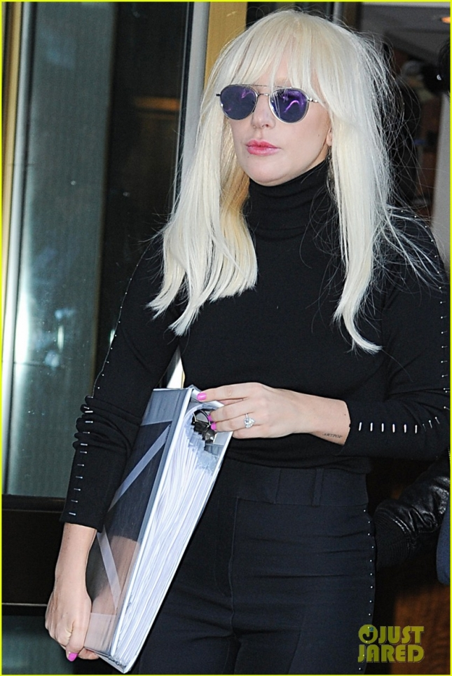 lady-gaga-taylor-kinney-are-not-rushing-into-a-wedding-22