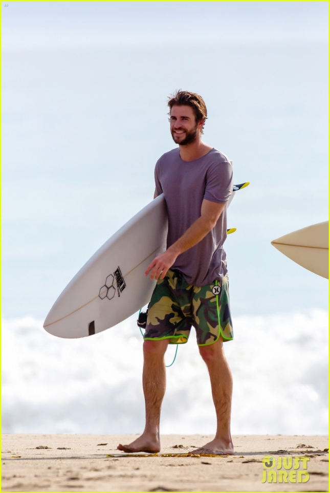 Liam Hemworth's Big Surf Day