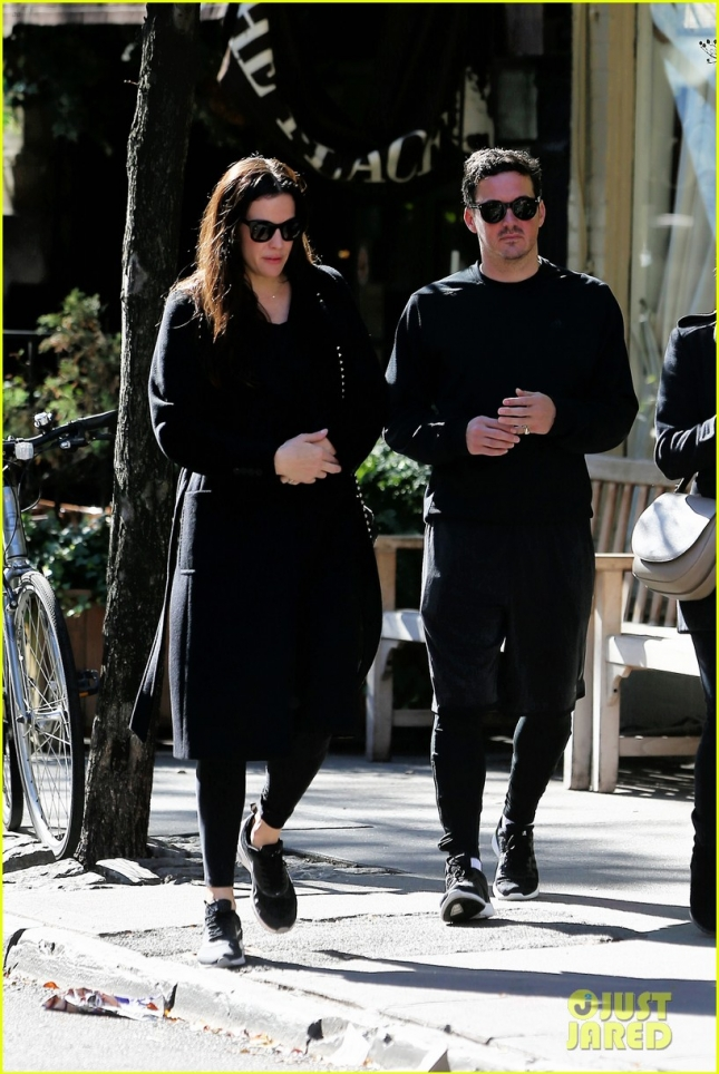 Actress Liv Tyler and her boyfriend David Gardner walk to breakfast in West Village in New York City