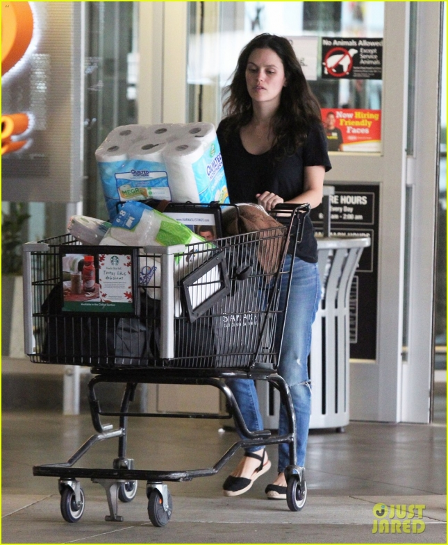 Exclusive... Rachel Bilson Shops For Groceries