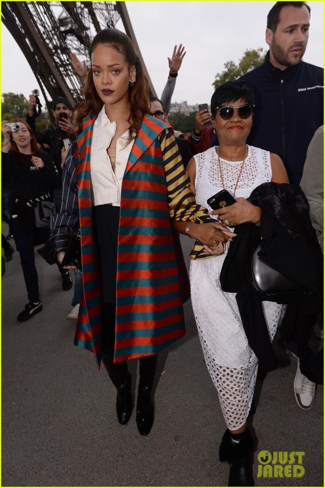 Рианна с мамой