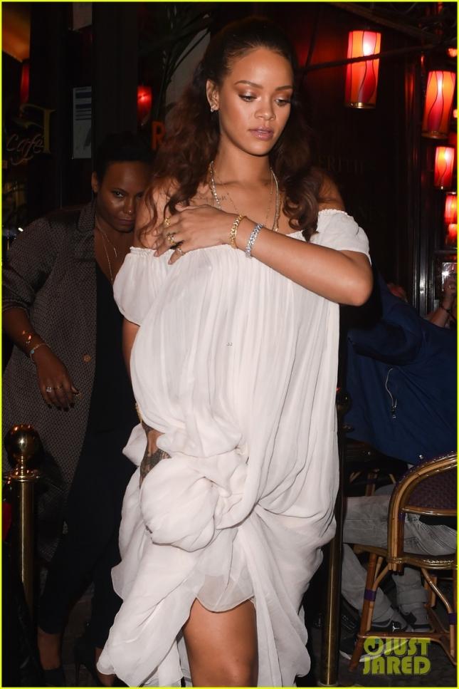 """Рианна на вечеринке французского """"Vogue"""""""