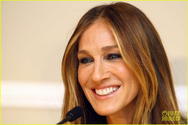 sarah-jessica-parker-chile-clothing-line-launch-05