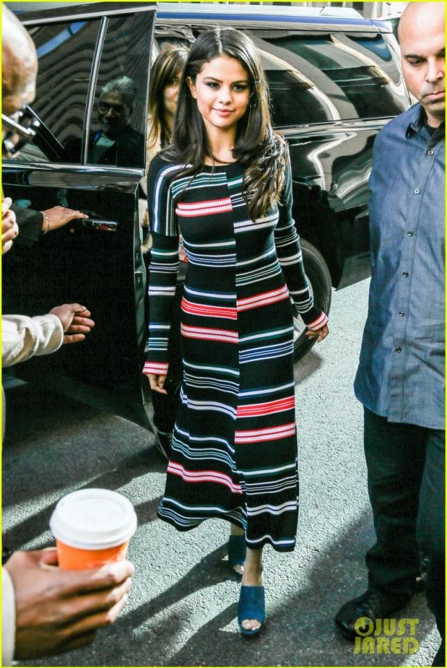 Selena Gomez Arrives At SiriusXM Radio In NYC