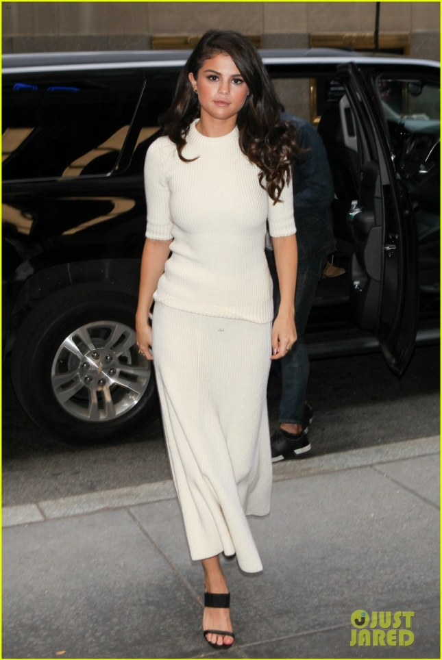 *EXCLUSIVE* Selena Gomez looks flawless for The Tonight Show