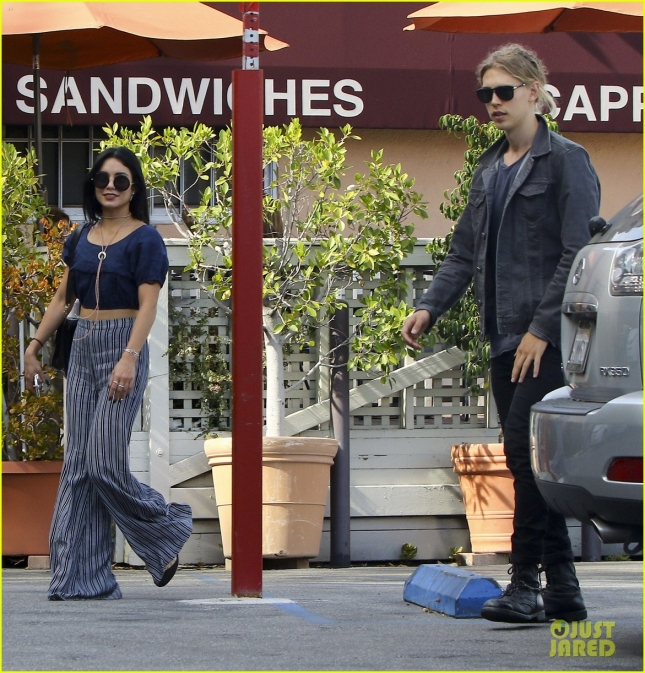 Vanessa Hudgens & Austin Butler Out For Lunch In Studio City