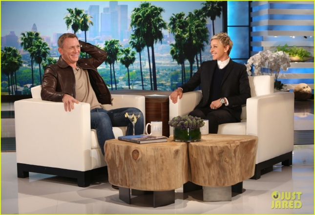 daniel-craig-gifts-ellen-degeneres-with-major-bond-gift-01