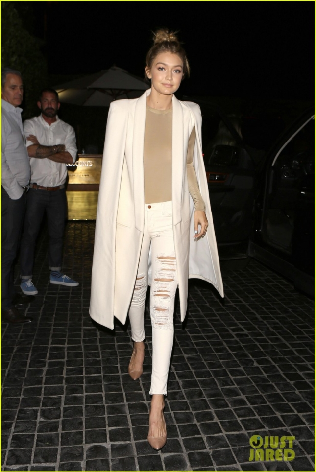 Gigi Hadid turns heads as she arrives at a Cecconi's dinner party