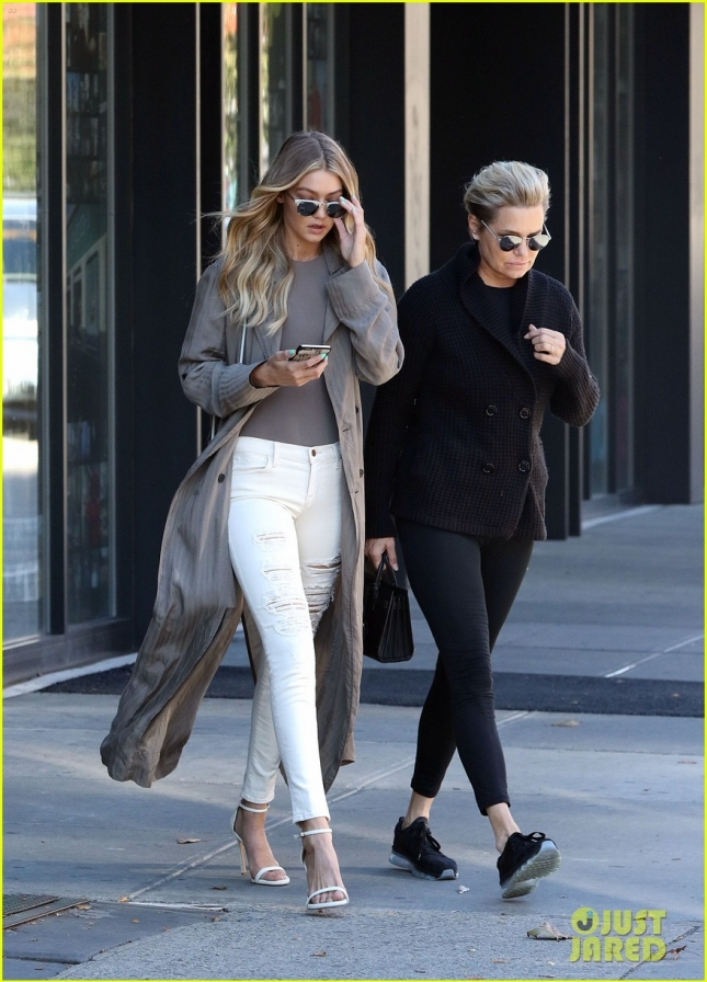 Newly Single Gigi Hadid and Mom Yolanda Foster Out in Soho