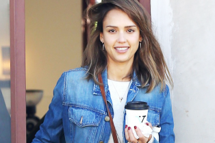 jessica-alba-says-goodnight-honor-haven-03