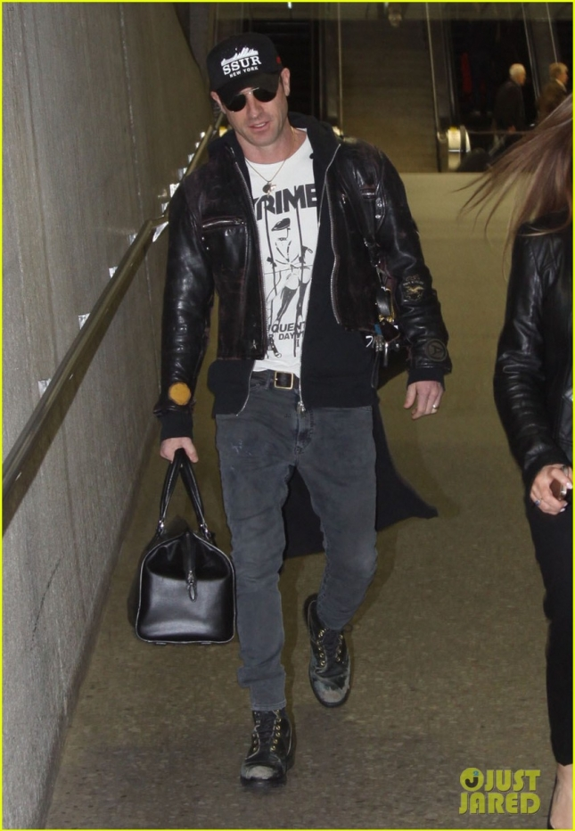 Justin Theroux Arriving On A Flight In Washington DC