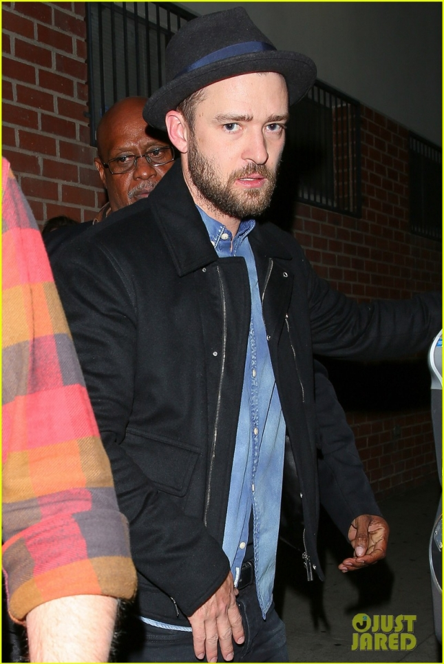 justin-timberlake-attends-his-pal-chris-stapletons-concert-06
