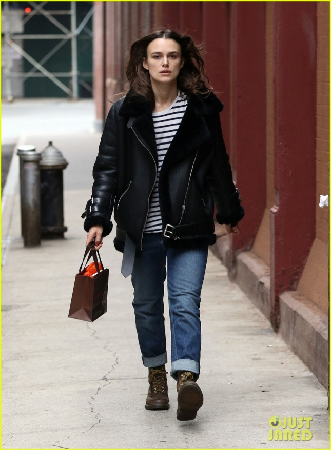 keira-knightley-reveals-why-she-took-a-pay-cut-to-do-theater-03