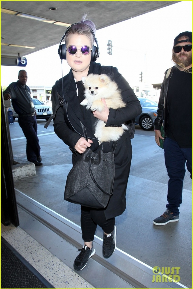 Kelly Osbourne at LAX with Mystery Boy and her Pooch **USA ONLY**