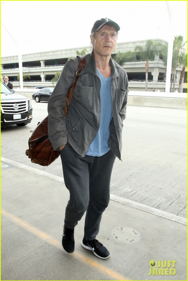 Liam Neeson arriving casually at LAX Airport for his flight **USA ONLY**