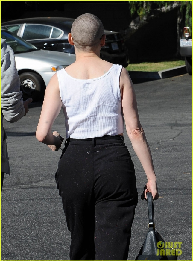 Rose McGowan Shows Off Her New Look