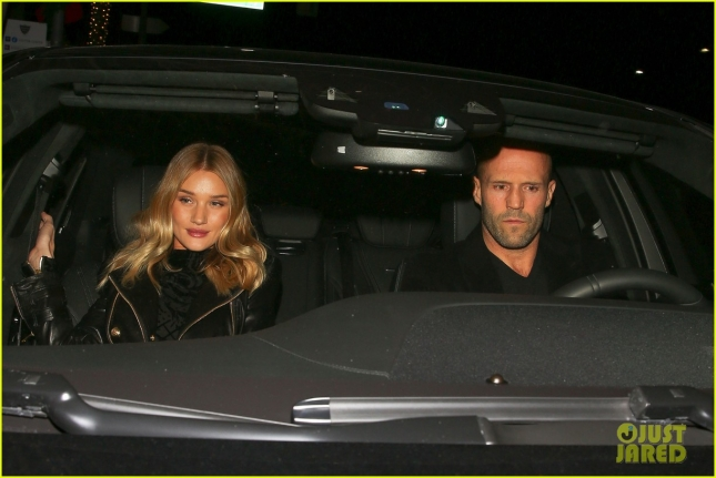 rosie-huntington-whiteley-jason-staham-have-a-hot-date-night-18