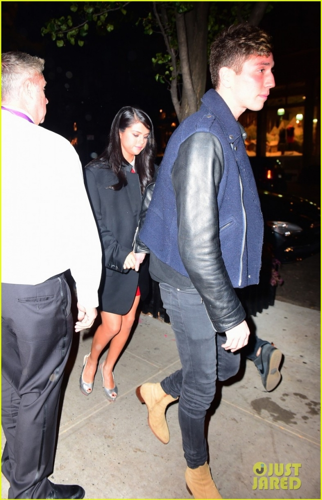 Selena Gomez Spotted Holding Hands with Samuel Krost on NYC Date Night