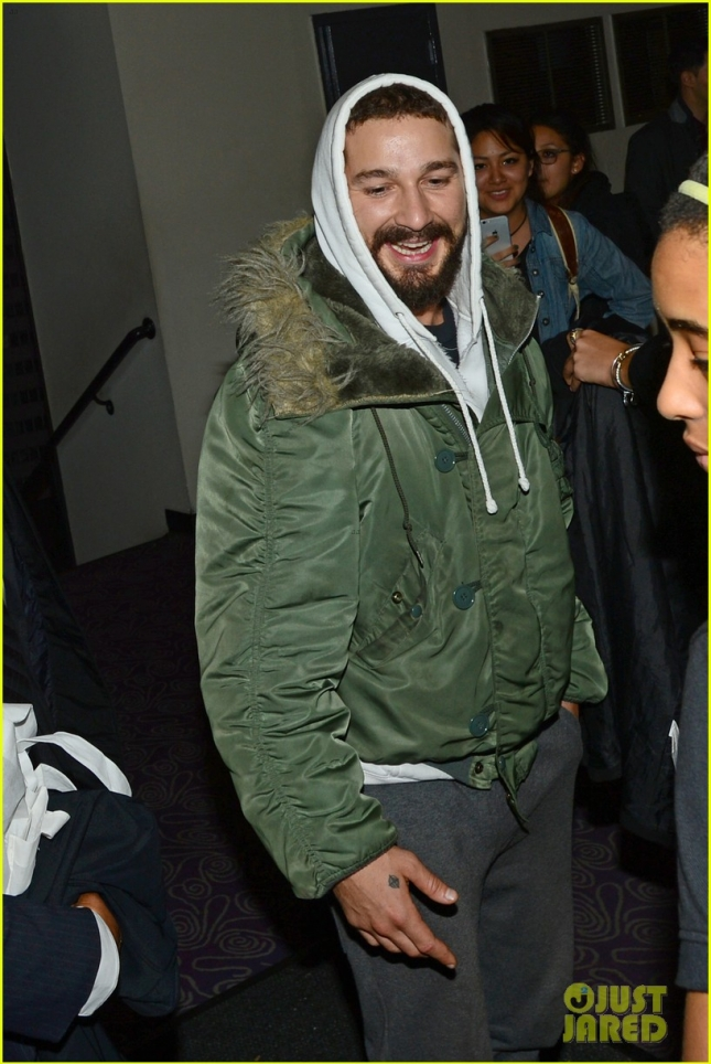 shia-labeouf-leaves-all-my-movies-theater-with-a-big-smile-05
