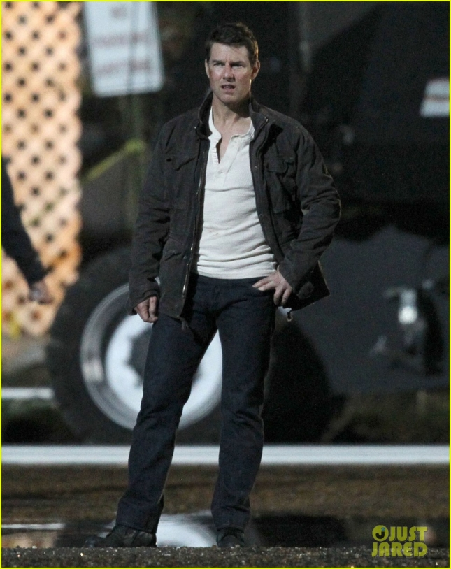 tom-cruise-filming-jack-reacher-never-go-back-01