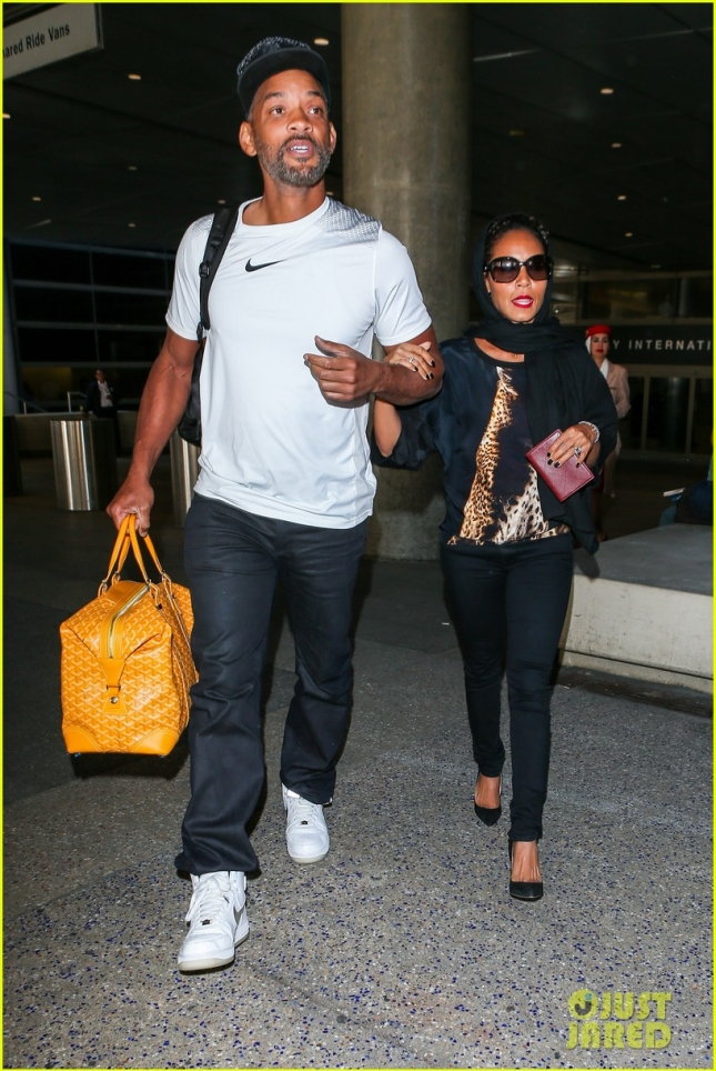 Will Smith and Jada Pinkett touch down at LAX **USA ONLY*