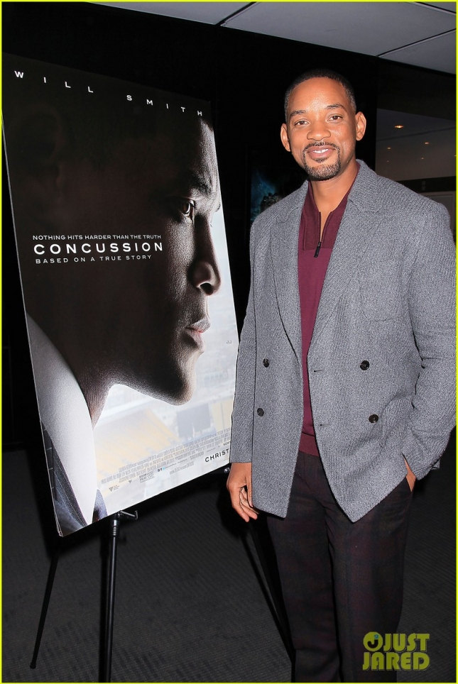 will-smith-found-concussion-role-conflicting-as-a-football-dad-01