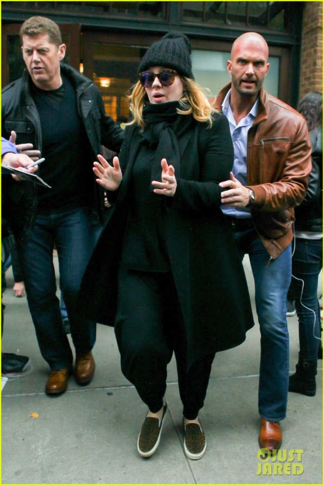 Adele is overwhelmed with fan support in NYC