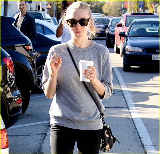 amanda-seyfried-leaving-lunch-in-los-angeles-02