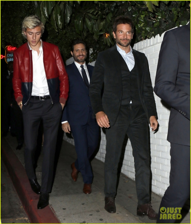 bradley-cooper-hangs-out-with-model-lucky-blue-smith-01