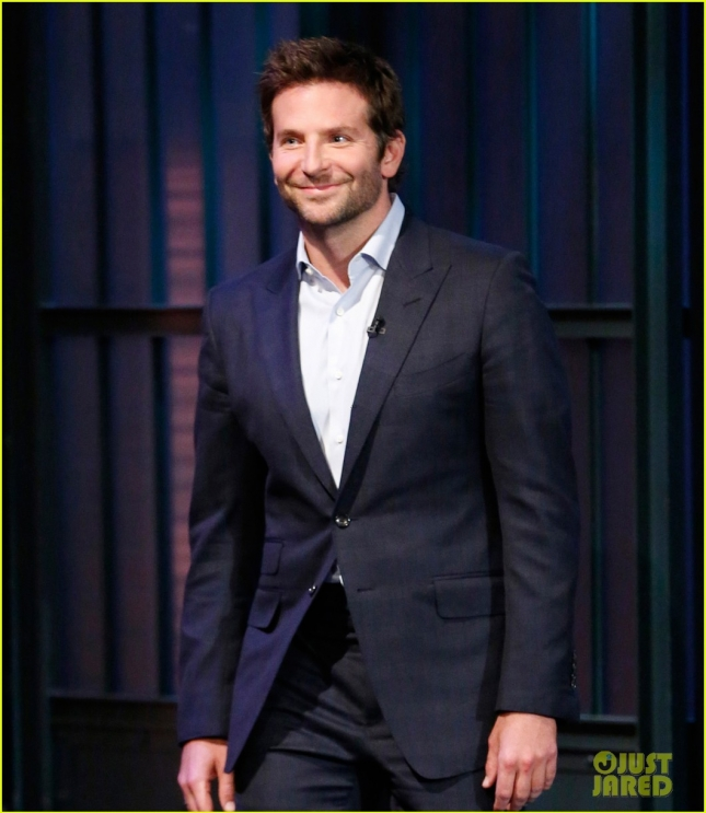 bradley-cooper-reveals-his-mom-is-a-qvc-addict-04