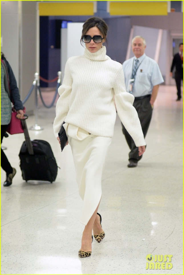 Victoria Beckham Catches A Flight Out Of NYC