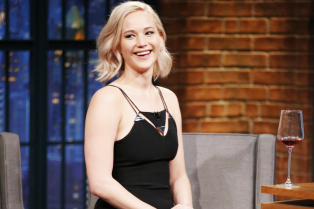 jennifer-lawrence-wanted-seth-meyers-to-ask-her-out-03
