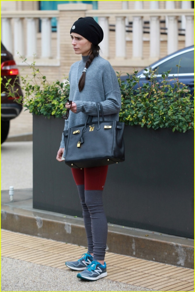 jordana-brewster-shops-at-barneys-03