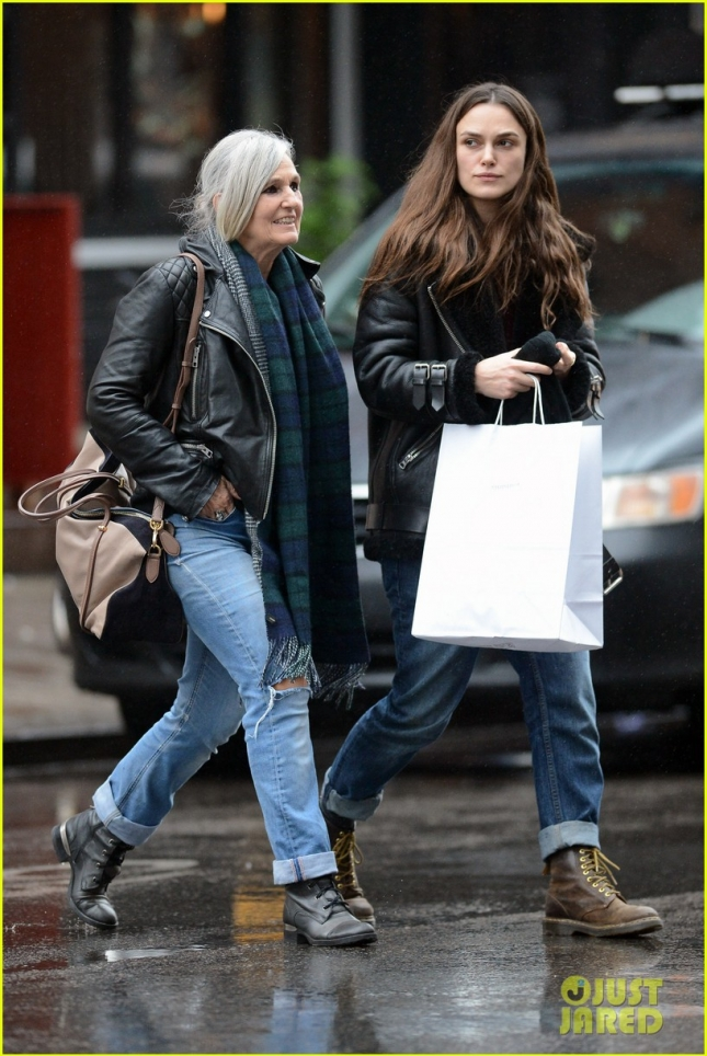 Keira Knightley & Mom Sharman Macdonald Enjoy Lunch & X-Mas Shopping In NYC