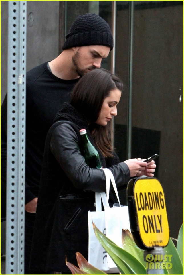 lea-michele-talks-about-christmas-presents-for-matthew-paetz-13