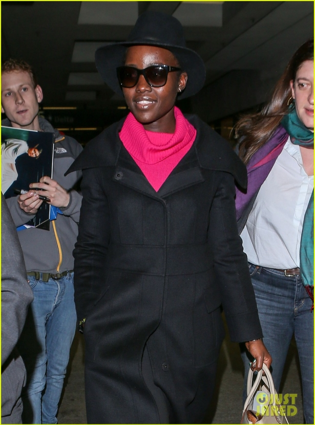 lupita-nyongo-was-not-cut-from-star-wars-jj-abrams-says-04