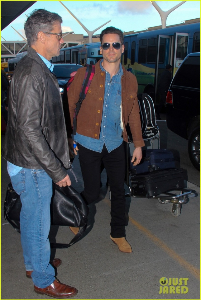 matt-bomer-flies-out-of-los-angeles-with-hubby-simon-halls-10
