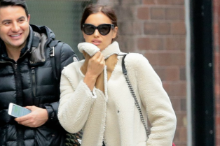 irina-shayk-keeps-cold-in-frigid-cold-nyc-17