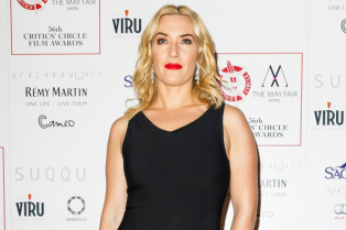 kate-winslet-looks-stunning-at-london-awards-01
