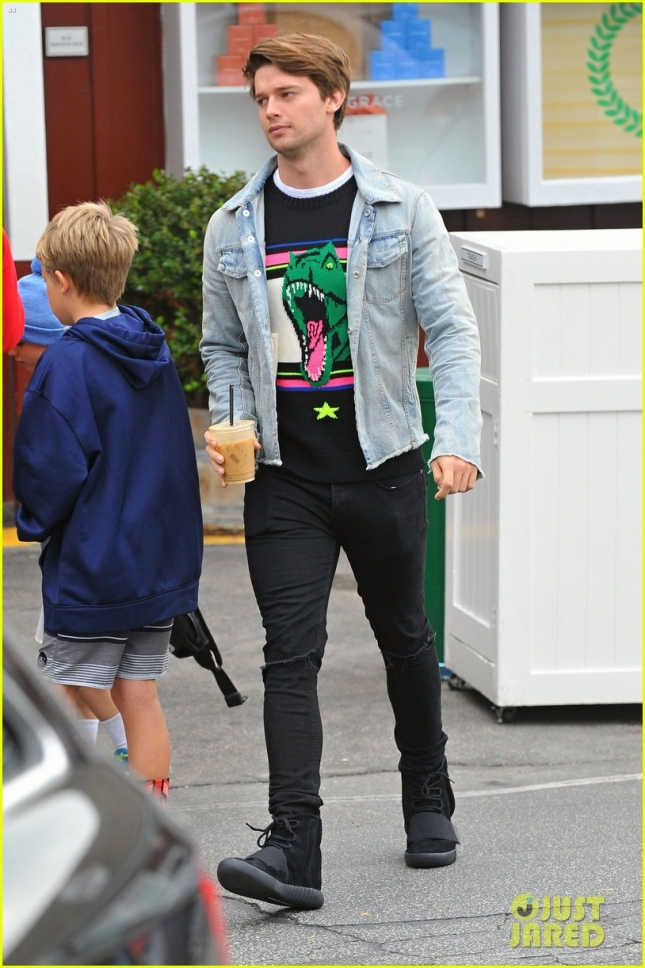 Exclusive... Patrick Schwarzenegger Stops For An Iced Coffee
